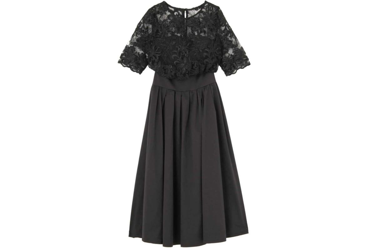 オーバーレースギャザードレス