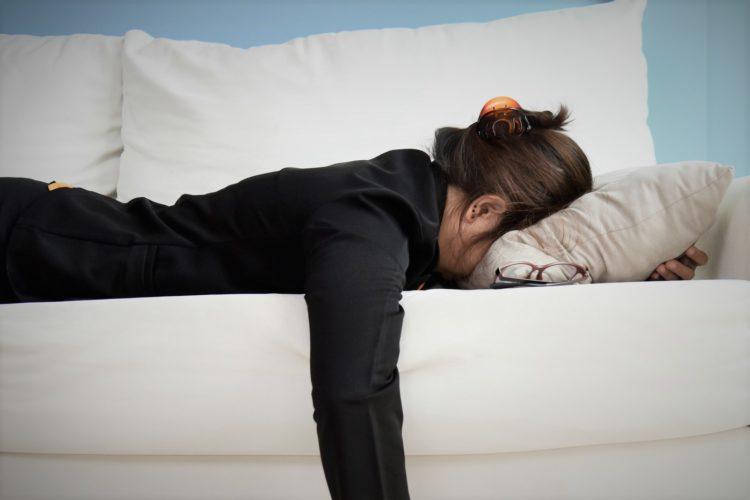 疲れた女性