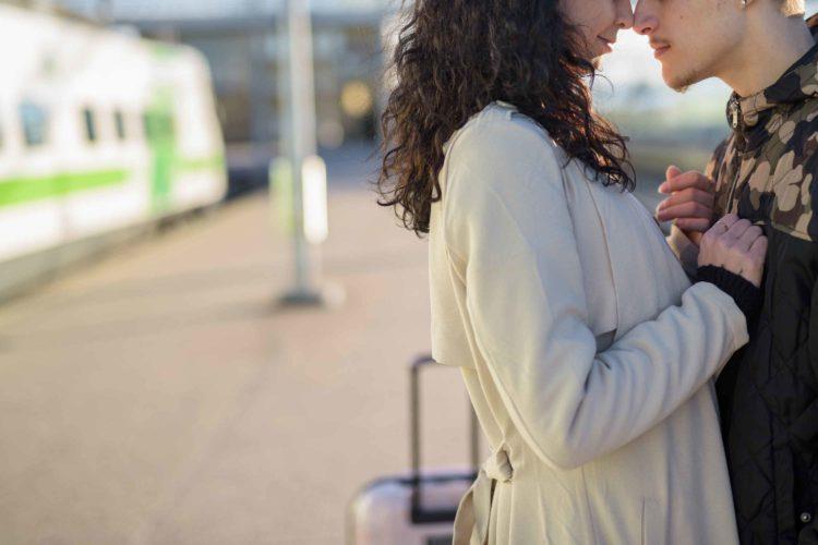 遠距離のカップル