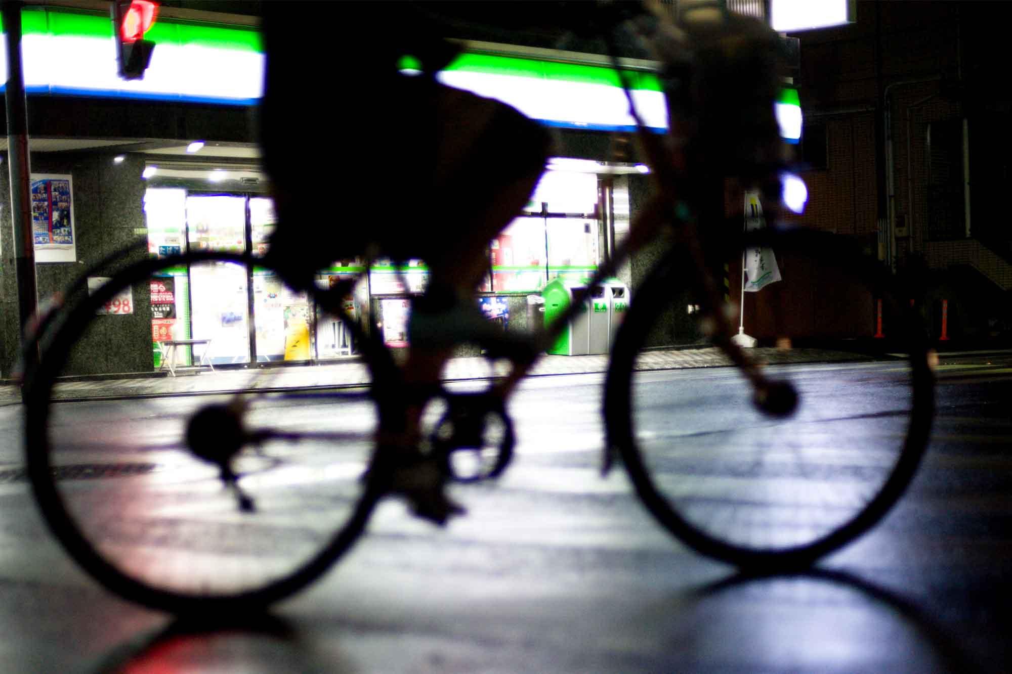 夜 自転車