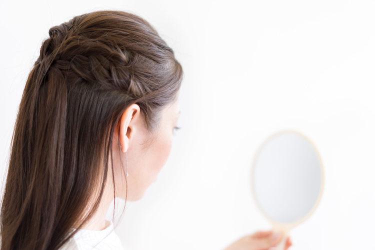 女性・鏡・美容